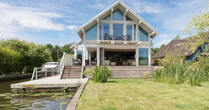 Link to Luxury Holiday Homes page